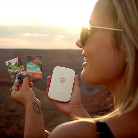 HP Sprocket around the world image 4
