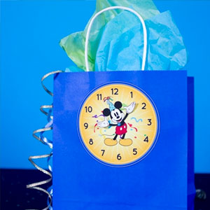Disney Mickey's New Year's Eve Countdown Bags  ( PDF 817 KB)