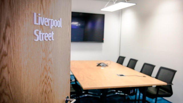 image of London's welcome center Liverpool street conference room