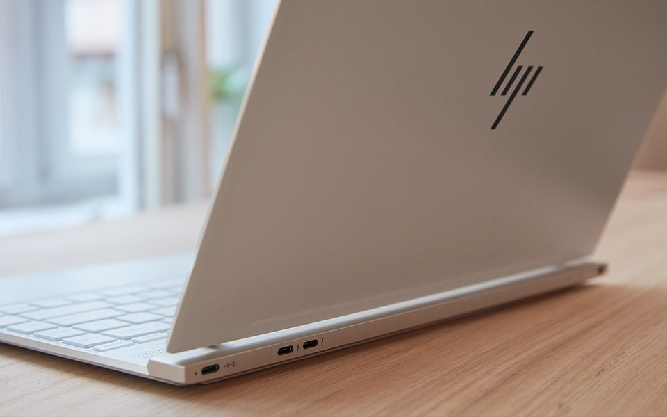 HP Spectre laptop materials