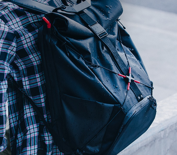 OMEN X TRANSCEPTOR BACKPACK water resistant outer shell