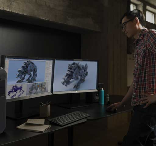 Animator using a Z6 and dual monitors