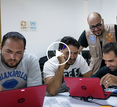 Image of learners in Azraq Refugee Camp in Jordan using HP PC